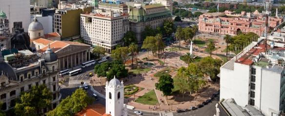 plaza_mayo_980x400_0